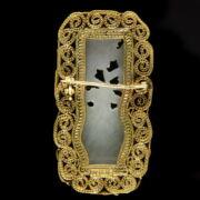 Bross fehér jáde faragással aranyozott ezüst keretben