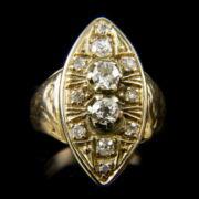 14 karátos arany gyűrű navett alakú gyűrűfejben régi csiszolású gyémánt kövekkel