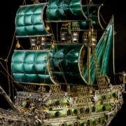 Pénzverdés aranyozott ezüst vitorlás hajó zöld zománc díszítéssel