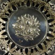 Pesti áttört peremű ezüst kínálótál