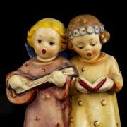 Hummel kerámia figurapár éneklő anygalkák