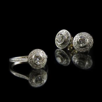 Fehérarany ékszergarnitúra gyémánt kövekkel