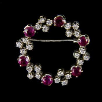 Bross rubin és gyémánt kövekkel