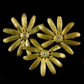 Margarétás arany bross