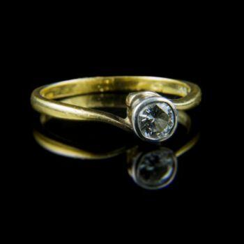 Eljegyzési arany gyűrű gyémánt kővel (0.25 ct)