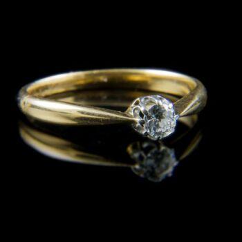 Eljegyzési gyűrű gyémánt kővel (0.18 ct)
