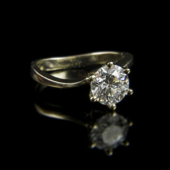 Eljegyzési gyűrű gyémánt kővel (1.707 ct)