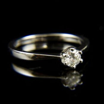 14 karátos fehérarany eljegyzési gyűrű gyémánt kővel (0.25 ct)