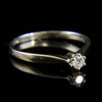 14 karátos fehérarany eljegyzési gyűrű hatkarmos foglalatban gyémánt kővel (0.15 ct)