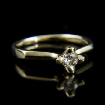 14 karátos fehérarany eljegyzési gyűrű régi csiszolású gyémánt kővel (0.15 ct)