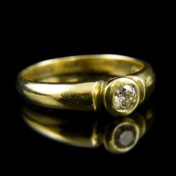14 karátos sárgaarany eljegyzési gyűrű bouton foglalatban gyémánt kővel (0.25 ct)