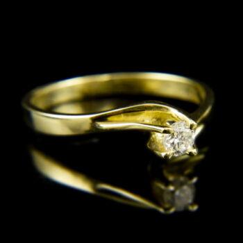 14 karátos sárgaarany eljegyzési gyűrű gyémánt kővel (0.19 ct)