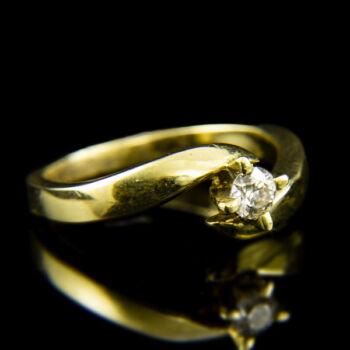 14 karátos sárgaarany eljegyzési gyűrű gyémánt kővel (0.23 ct)