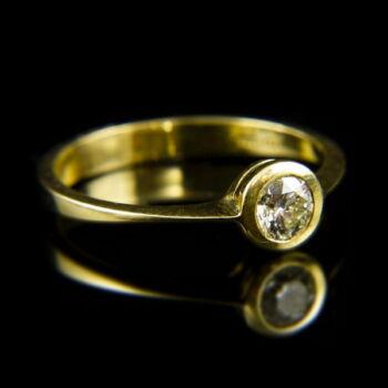 14 karátos sárgaarany eljegyzési gyűrű gyémánt kővel (0.40 ct)