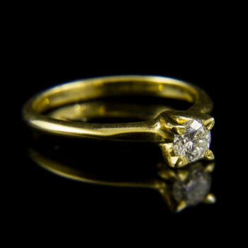 14 karátos sárgaarany szoliter gyűrű briliáns csiszolású gyémánt kővel (0.40 ct)