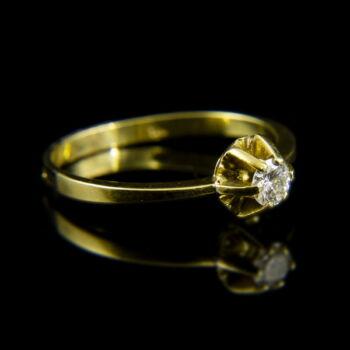 Sárgararany eljegyzési gyűrű hatkarmos foglalatban briliáns csiszolású gyémánt kővel (0.20 ct)