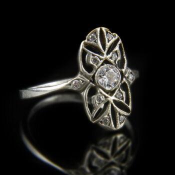 Cirkónia köves áttört ezüst gyűrű