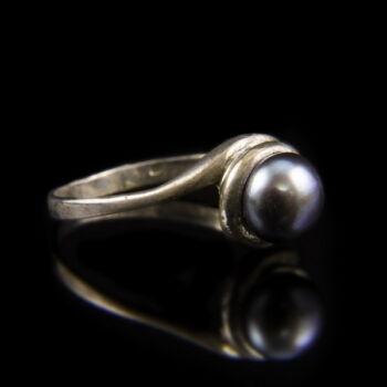 Ezüst gyűrű szürkés színű tenyésztett gyönggyel