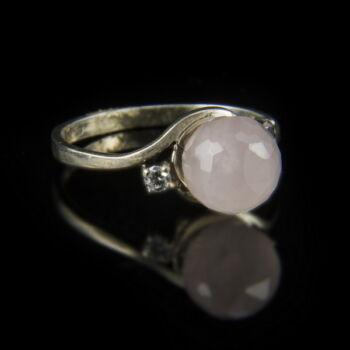 Ezüst rózsakvarc gyűrű cirkóniával