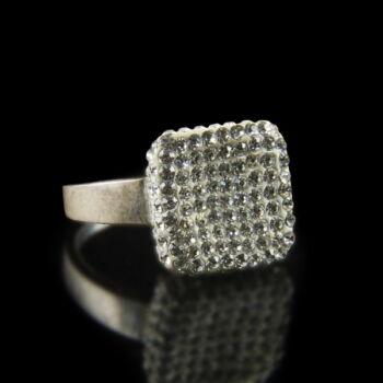 Sterling ezüst gyűrű kristályüveg kövekkel