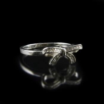 Sterling ezüst masnis gyűrű üveg kövekkel