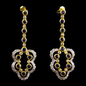 18 karátos arany fülbevaló zafír kövekkel és gyémántokkal