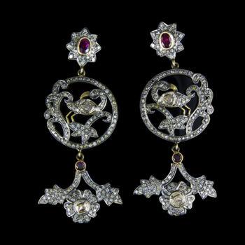 Aranyozott ezüst fülbevaló gyémánt kövekkel