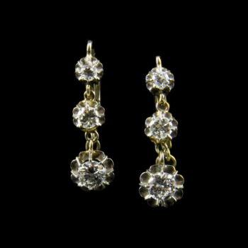Fehérarany fülbevaló 3-3 gyémánt kővel
