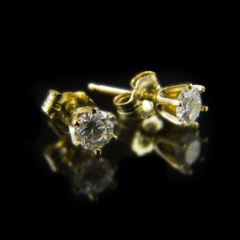 Stiftes arany fülbevaló gyémánt kövekkel