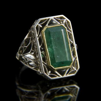 Fehérarany smaragd gyűrű