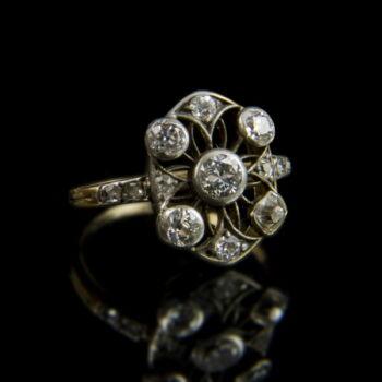 Gyémánt köves női arany gyűrű