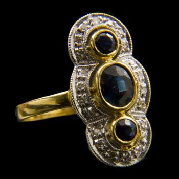 Gyűrű zafír kövekkel, gyémántokkal