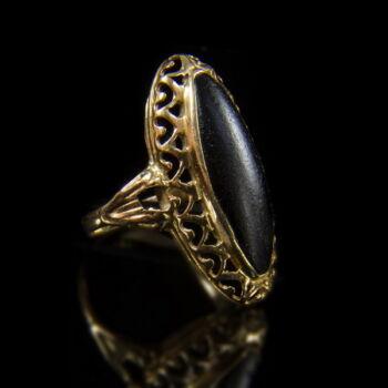 Ónixköves női gyűrű