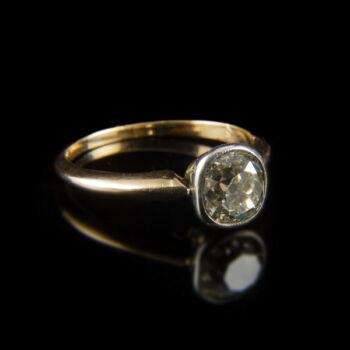 14 karátos bouton fazonú arany eljegyzési gyűrű régi csiszolású gyémánt kővel
