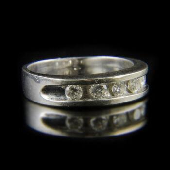 Alliance fazonú fehérarany gyűrű briliáns csiszolású gyémántokkal (0.50 ct)