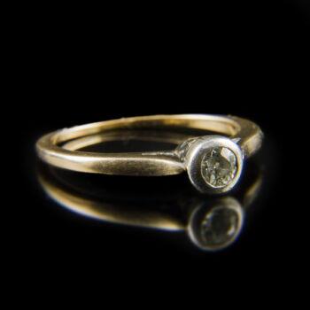 Arany eljegyzési gyűrű régi csiszolású gyémánt kővel (0.20 ct)
