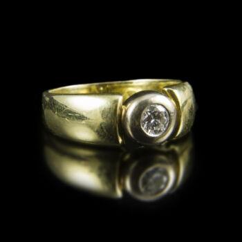 Eljegyzési gyűrű bouton foglalatban gyémánt kővel (0.40 ct)