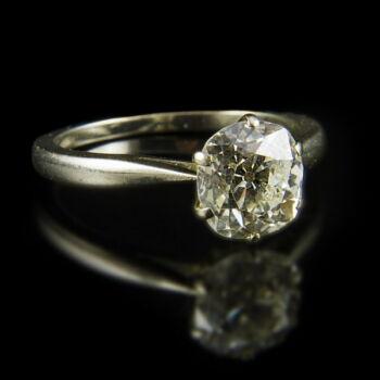 Eljegyzési gyűrű régi csiszolású gyémánt kővel (2 ct)