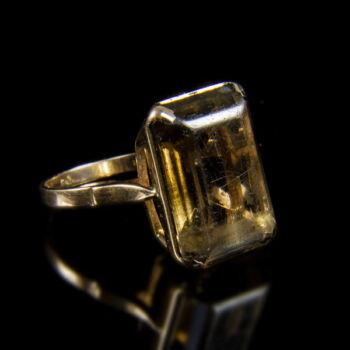 Füstkvarc köves arany gyűrű
