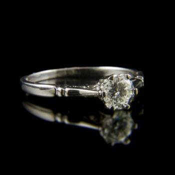 Fehérarany eljegyzési gyűrű briliáns csiszolású gyémánttal (0.50 ct)