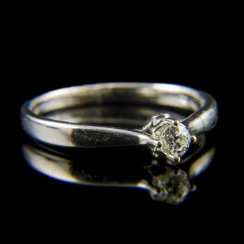 Fehérarany eljegyzési gyűrű régi csiszolású gyémánt kővel (0.20 ct)
