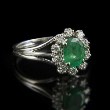 Fehérarany smaragd gyémánt gyűrű