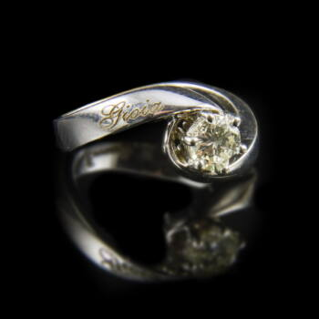 Fehérarany szoliter gyűrű gyémánt kővel (0.60 ct)