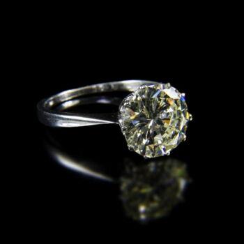 Fehérarany szoliter gyűrű 4.1 ct-os gyémánt kővel