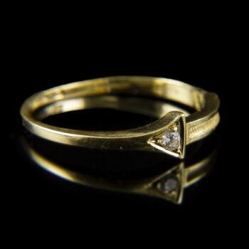 Női arany eljegyzési gyűrű cirkóniával