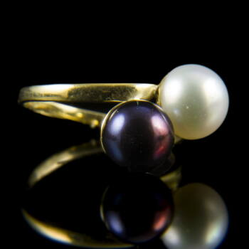 Női arany gyűrű lila és fehér tenyésztett gyönggyel