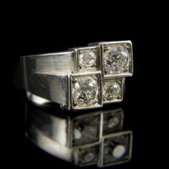 Palládium gyűrű gyémánt kövekkel