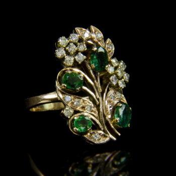 Szecesszió stílusú smaragd gyémántgyűrű
