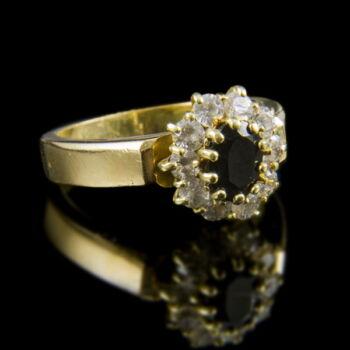 Zafír köves arany gyűrű cirkóniával