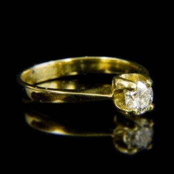 14 karátos arany szoliter gyűrű briliáns csiszolású gyémánt kővel (0.40 ct)